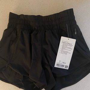 lululemon athletica Shorts - Tracker LR Short 4""